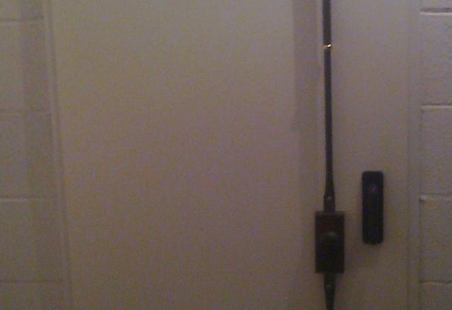 Cerradura para puerta de trasteros - Cerradura seguridad puerta ...